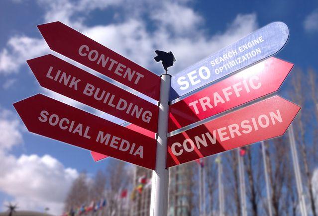 Polacy odnoszą sukcesy wykorzystując portale społecznościowe