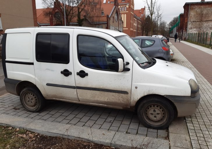 Przepisy ruchu drogowego w Finlandii